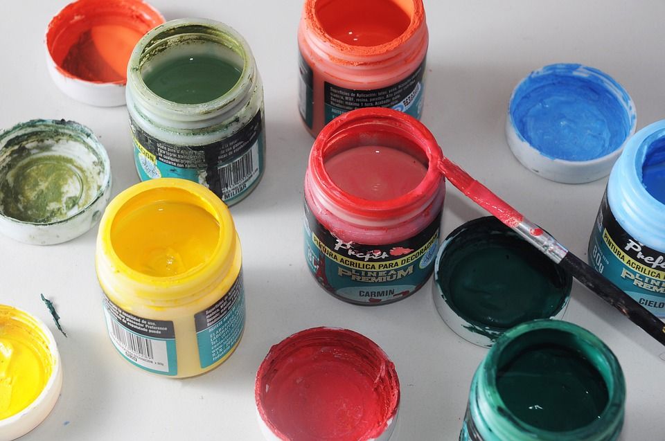 7 Surprising Facts About Acrylic Paint Type