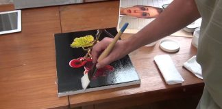 The 3 Essential Accessories For Acrylic Painting