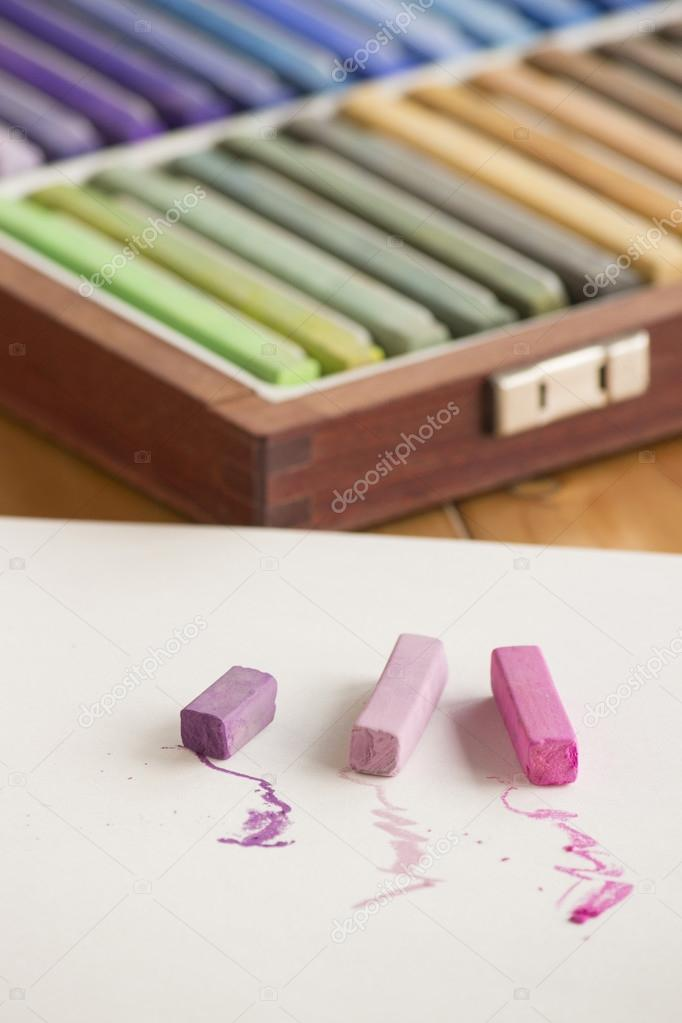 10 Great Benefits Of Pastels