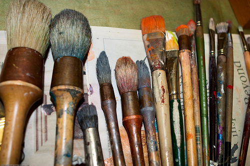Different types of paintbrush - Your Complete Paintbrush Guide With 3 Mediums